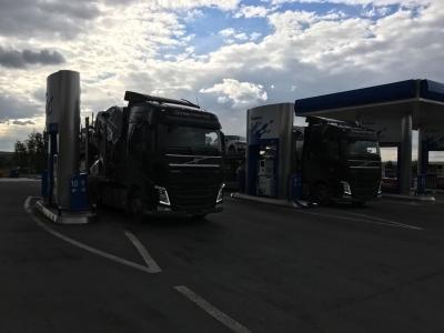 Заправляемся только качественным топливом от партнёров