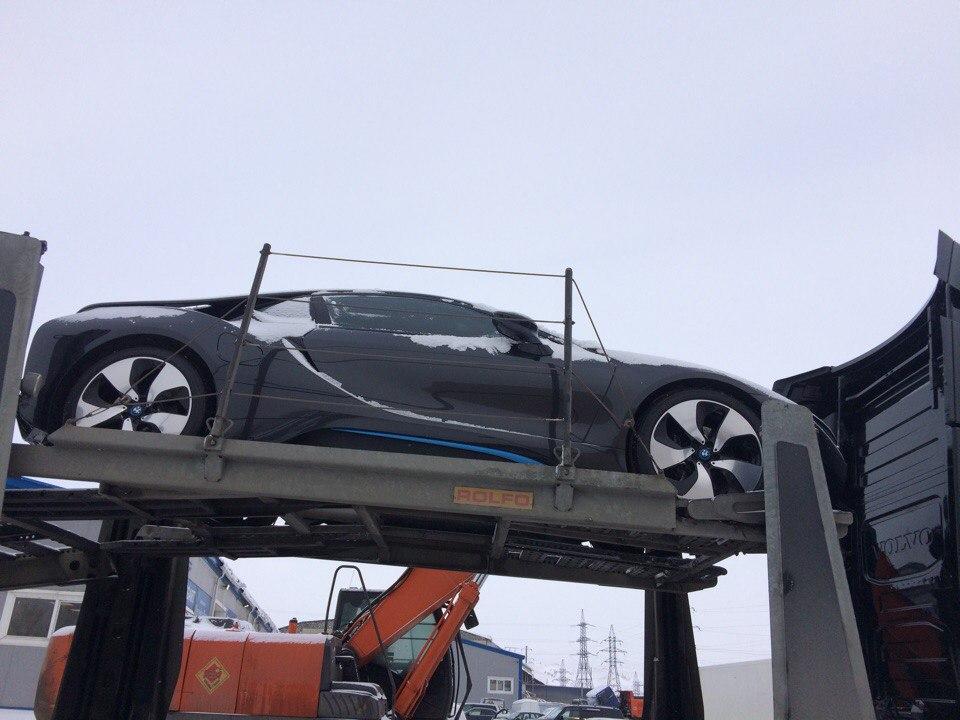 Перевозка авто с низким клиренсом BMW i8 из Иркутска в Москву